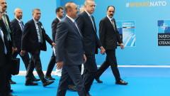 САЩ нищо няма да постигнат със заплахите си към Турция, категоричен Чавушоглу