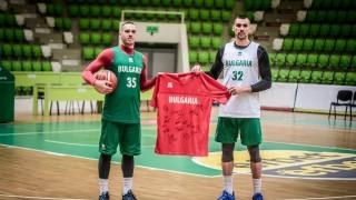 """Баскетболните национали подкрепиха проява на """"Спешъл Олимпикс България"""""""