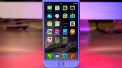 Експерт: Продажбите на iPhone ще продължат да спадат