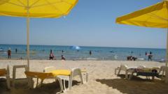 Приходите от туризъм спадат с 12% това лято