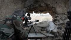 Сирийските бунтовници предават оръжието си след нова сделка с Асад