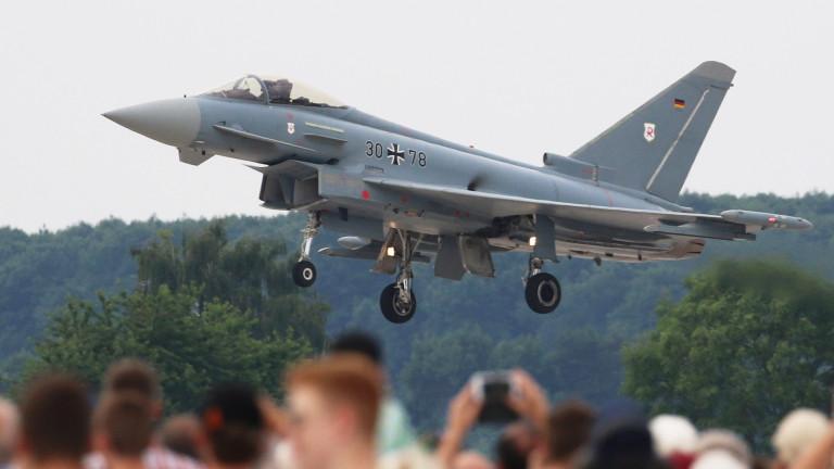 Германия преговаря със САЩ, Eurofighter да носи ядрени бомби