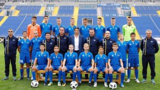 """Почти цял отбор """"сини"""" надежди отказа на Захари Сираков"""