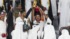 Шави остава още две години в Катар