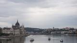 Парламенът на Унгария отмени извънредните правомощия на Орбан