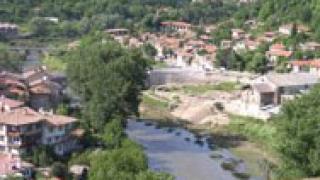 Строят защитна стена на р. Янтра при Търново