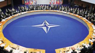 НАТО удължи операцията в Либия с 3 месеца