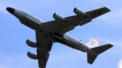 """Разузнавателен самолет на САЩ """"слухти"""" по западните граници на Русия"""
