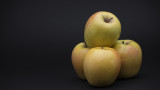 Ябълките са нож с две остриета