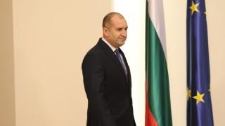 За по-активен политически диалог между България и Украйна, призова Радев