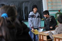 В ромските училища е като при Спешната помощ, заявява синдикат