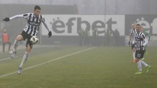 """Край на мъките за Локо (Пд), """"смърфовете"""" вкараха четири гола на Ботев (Враца)"""