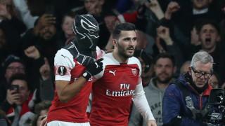Маската на раздора между двама футболисти