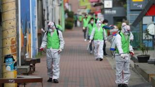 """Южна Корея на път да """"задуши"""" коронавируса"""