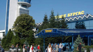 Летище-Бургас изпревари Варна по брой пътници