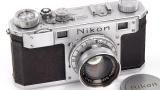 Продадоха на търг за $406 000 най-стария апарат на Nikon