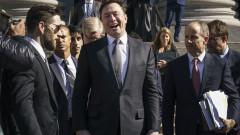 Ветеран от автомобилната индустрия: Никой не знае защо акциите на Tesla поскъпнаха с 250%