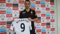 Бербо блести с 2 гола в Англия