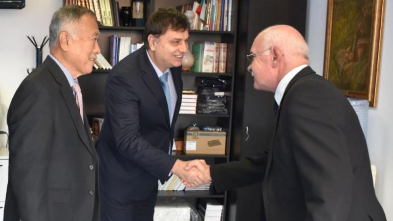 Президентът на Международната федерация по айкидо (IAF) - Кей Изава