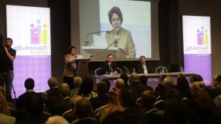 След 25 години преход сме в имитация на държава, алармира Дончева