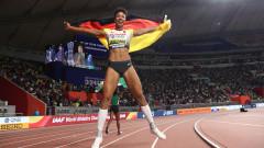 Малайка Михамбо срази конкуренцията на скок на дължина с феноменален трети опит