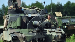 Полският военен министър надмина българския си колега