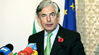 Наш евродепутат: Резолюцията за Либия е мека