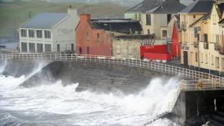 """Три са жертвите на """"Офелия"""" в Ирландия"""