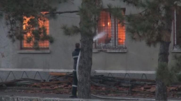 Възрастен човек загина при пожар в дома си