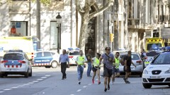 МВнР в контакт със службите в Каталуня