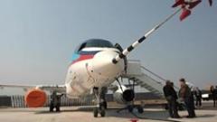Първи изпитателен полет на руския Superjet-100