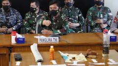 Отриха отломки от изчезналата подводница в Индонезия с 53 души екипаж