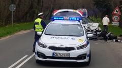3-годишно дете е в тежко състояние след катастрофа между две коли в Добрич