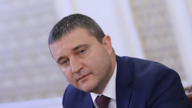 Горанов: Общините приключват кризата с излишъци, не им трябва помощ от държавата