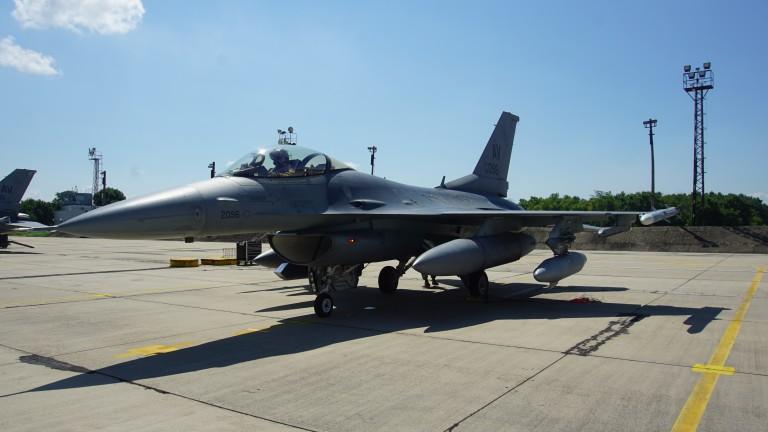 МО: Служебният кабинет няма правомощия за закупуване на още осем изтребителя F-16