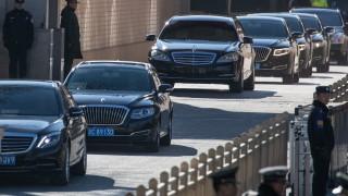 Ким Чен Ун пристигна на посещение в Китай