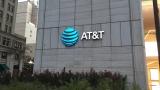 """Инвеститорско съмнение в """"сделката на годината"""" потопи акциите на AT&T и Time Warner"""