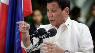Гей ли си или педофил, изригна Дутерте срещу правозащитник №1 във Филипините