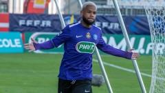 Медиите във Франция намесиха ЦСКА в трансферна битка със Сошо и Дижон