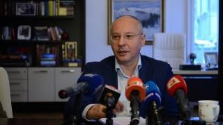 Станишев критикува, че властта ни обрича да сме мръсна и бедна периферия на ЕС