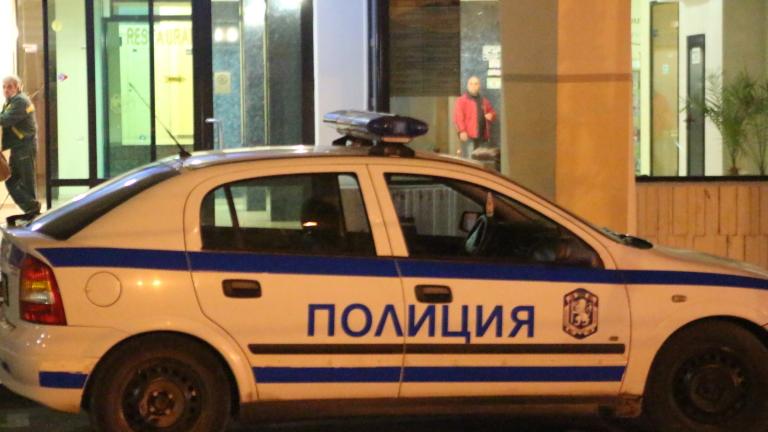 Постоянно полицейско присъствие в ромския квартал в Сливен заради коронавируса