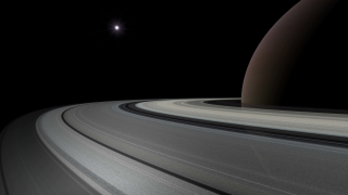 Касини минава край Сатурн