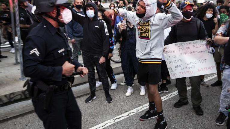 Застреляха 19-годишен протестиращ в Детройт