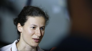Линда Зечири загуби финал, след като се контузи в решителния гейм