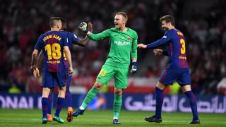 Ливърпул ще се пробва за резервния страж на Барселона