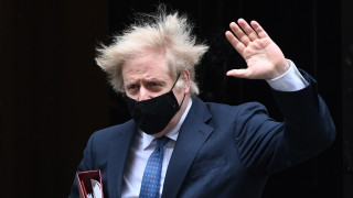 Борис Джонсън отхвърли обвиненията на ЕС, че Лондон блокира износа на ваксини