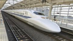 Индия пуска първия си високоскоростен влак