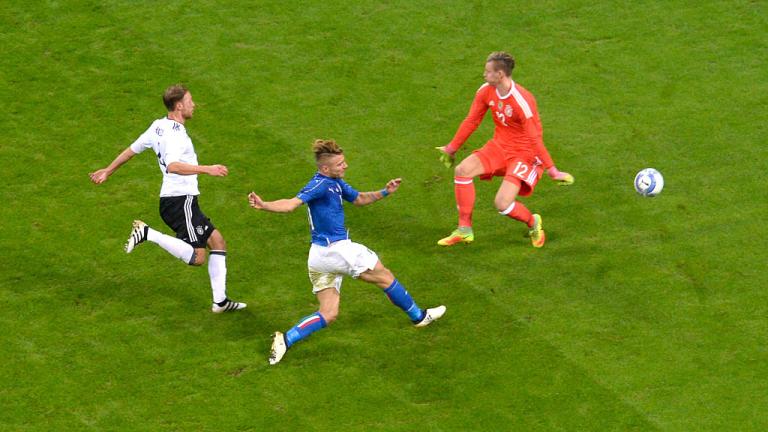 Италия и Германия завършиха наравно в един много динамичен мач