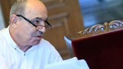 Майки на деца с увреждания поискаха оставката на Минчо Коралски