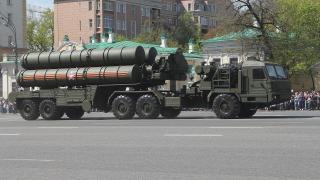 Турция очаква да получи първия руски зенитно-ракетен комплекс С-400 през 2019 г.